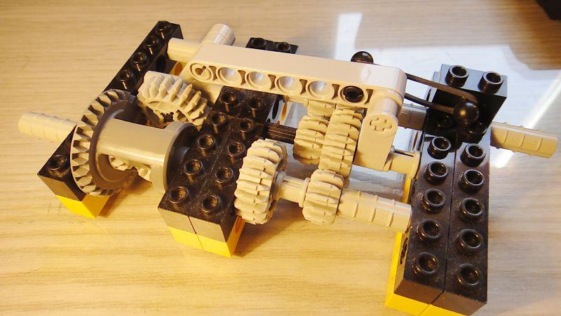 quelques montages didactiques de boites de vitesse rotatives ou diff rentiels volu s freelug. Black Bedroom Furniture Sets. Home Design Ideas